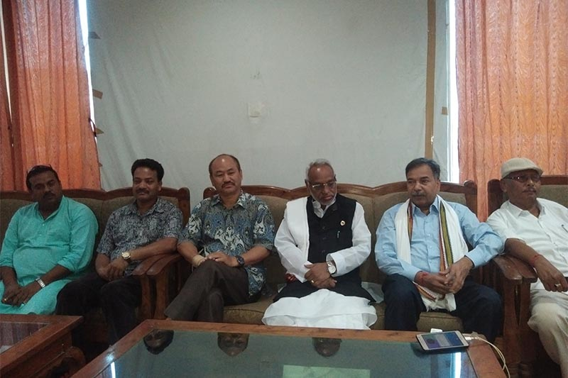 Rastriya Janata Party-Nepal presidium member and parliamentary State Affairs and Good Governance Committee member Rajendra Mahato addresses a press meet otrganised in Gaur, Rautahat District headquarters, on Monday, July 22, 2019. Photo: Prabhat Kumar Jha/THT