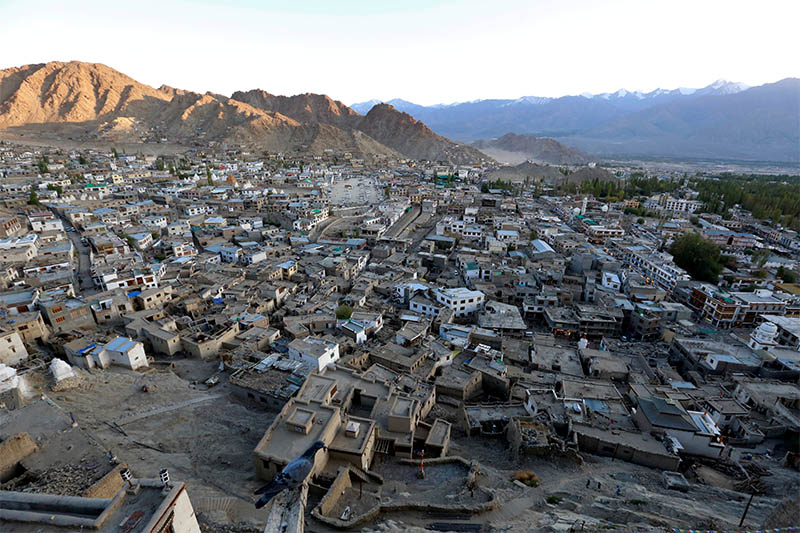 FILE PHOTO: The sun sets in Leh, the largest town in the region of Ladakh, nestled high in the Indian Himalayas, India September 26, 2016. Photo: Reuters