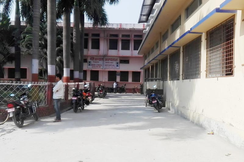 A man standing on the premises of Bheri Hospital in Nepalgunj, Banke district, in October, 2017. Photo courtesy: YewNop Xtha