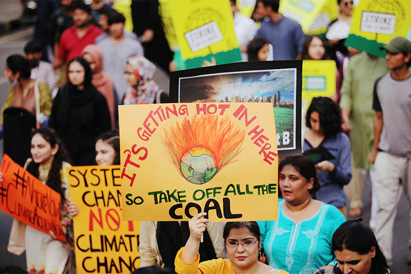 People take part in the Global Climate Strike walk in Lahore, Pakistan September 20, 2019. Photo: Reuters