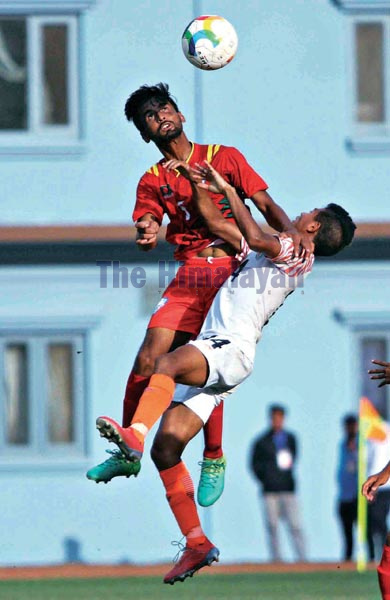 Players of India and Bangladesh (left) in action during their SAFF U-18 Championship match in Kathmandu on Monday, September 23, 2019. Photo: Udipt Singh Chhetry / THT