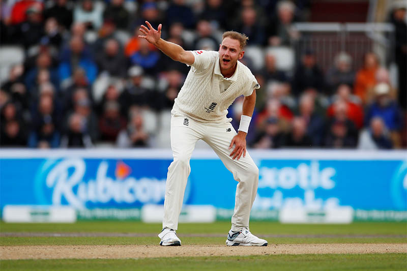 England's Stuart Broad appeals. Photo: Reuters