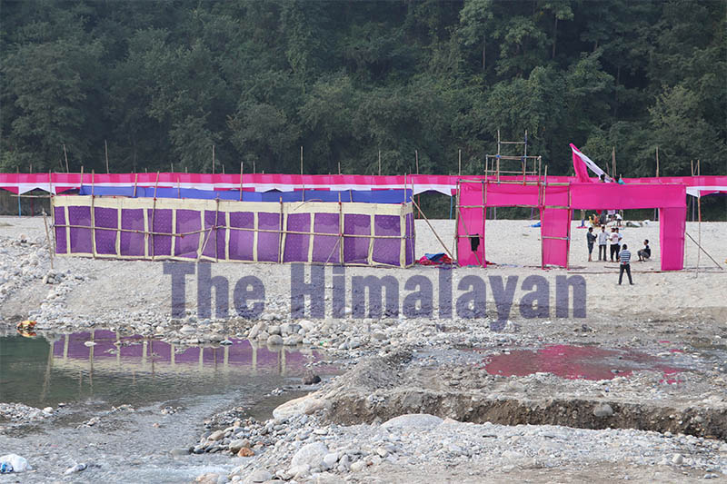 A stage is being built for upcoming 'Chhath festival' on the riverbank in Hetauda, on Thursday, October 31, 2019. Photo: Prakash Dahal/THT