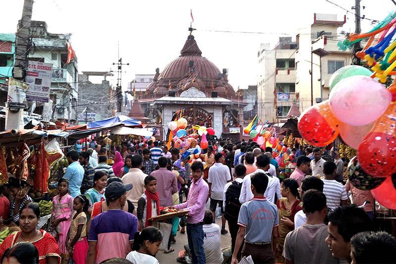 Devotees throng Gahawamai Temple in Birgunj, on Tuesday, October 01, 2019. Photo: Ram Sarraf/THT