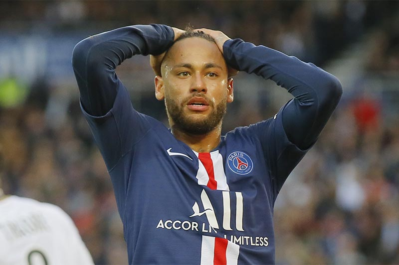 PSG's Neymar react after missing a goal opportunity during French League One soccer match between PSG and Angers at the Parc des Princes stadium in Paris, on Saturday, October 5, 2019. Photo: AP