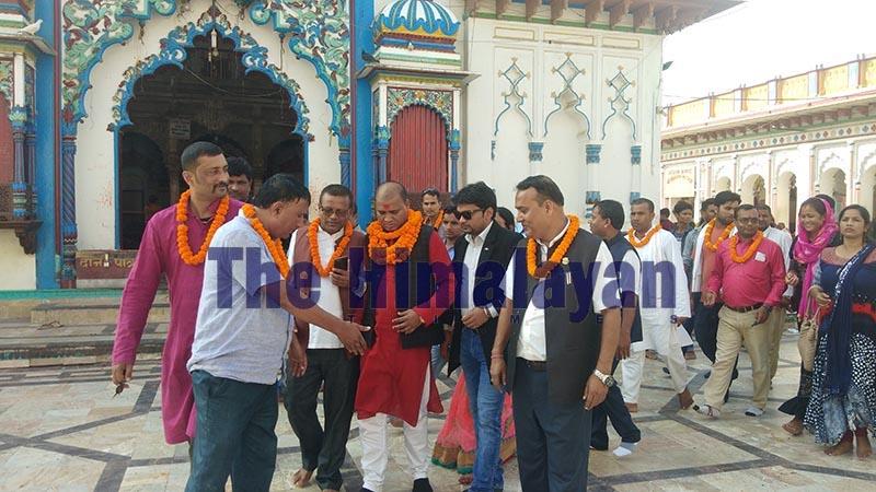 Rastriya Janata Party-Nepal cadres welcoming lawmaker Pramod Kumar Sah (centre), in Janakpur, on Friday, October 18, 2019. Photo: THT