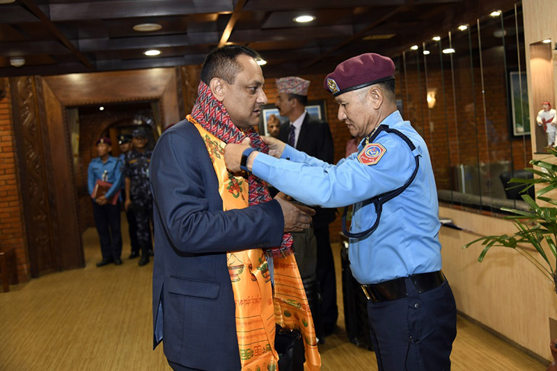 Additional Inspector General of Police Thule Rai bidding farewell to the Inspector General of Police Sarbendra Khanal on Sunday, October 13, 2019. Photo Courtesy: Nepal Police