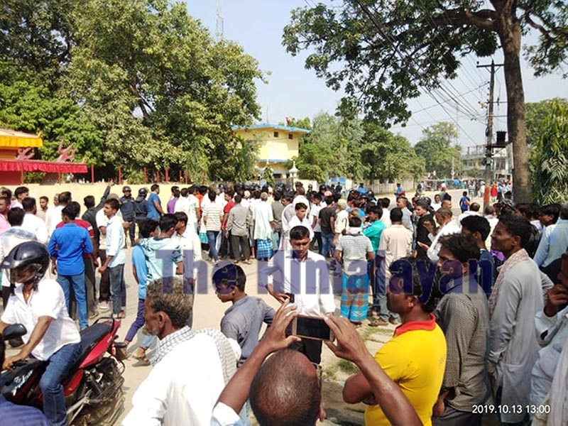 Nepali Congress leaders and cadres demonstrating against the arrest of NC lawmaker Mohammad Aftab Alam, outside Rautahat District Police Office, on Sunday. Alam's supporters also clashed with police personnel in several places of the district. Photo: THT