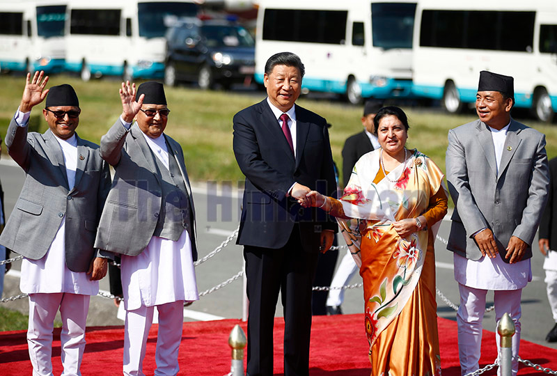 President Bidhya Devi Bhandari, Prime Minister KP Sharma Oli and Vice-president Nanda Kishor Pun bidding farewell to President of the Peopleu2019s Republic of China Xi Jinping before his departure at TIA, Kathmandu, on Sunday. Photo: Skanda Gautam/ THT