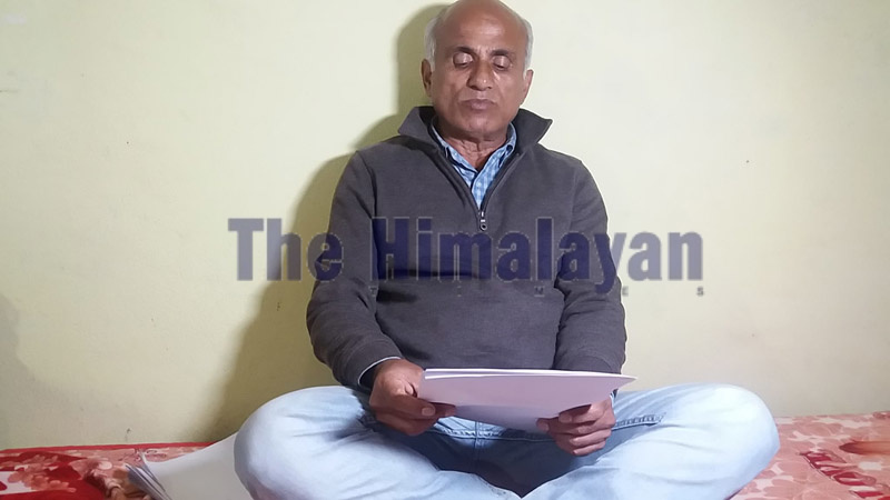 Dr Govinda KC reading out his seven-point demand to mediapersons before starting his 17th hunger strike in Bagkhor, Dadeldhura, on Monday, November 4, 2019. Photo: THT