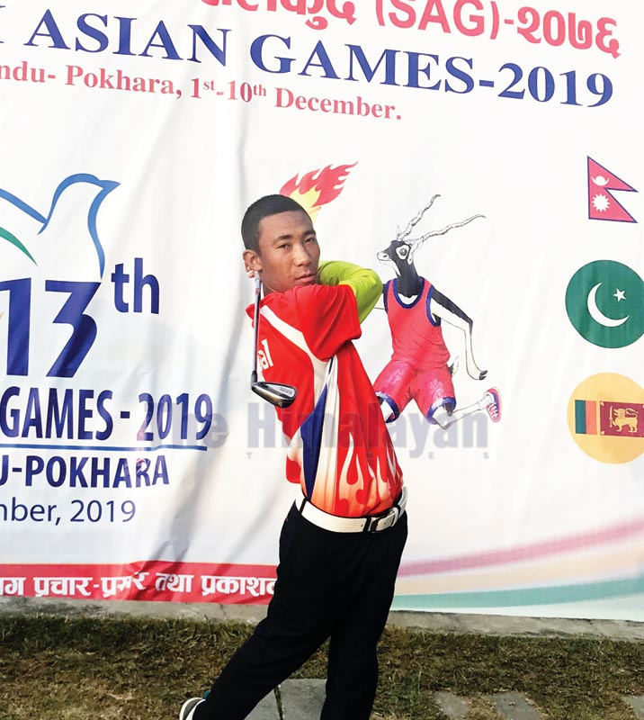 Subash Tamang plays a shot during the golf tournament under the 13th SAG on Wednesday, December 4, 2019. Photo: THT