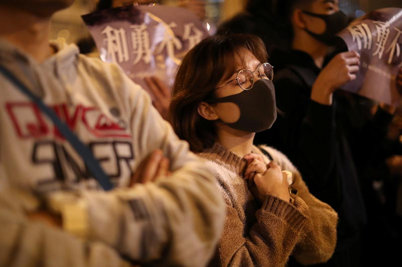 Hong Kong protesters gather outside a detention center in Lai Chi Kok to demand the release of protesters, in Hong Kong, China, December 20, 2019. Photo: Reuters