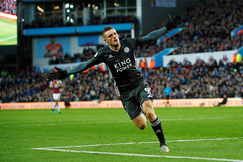 Leicester City's Jamie Vardy celebrates scoring their fourth goal. Photo: Reuters