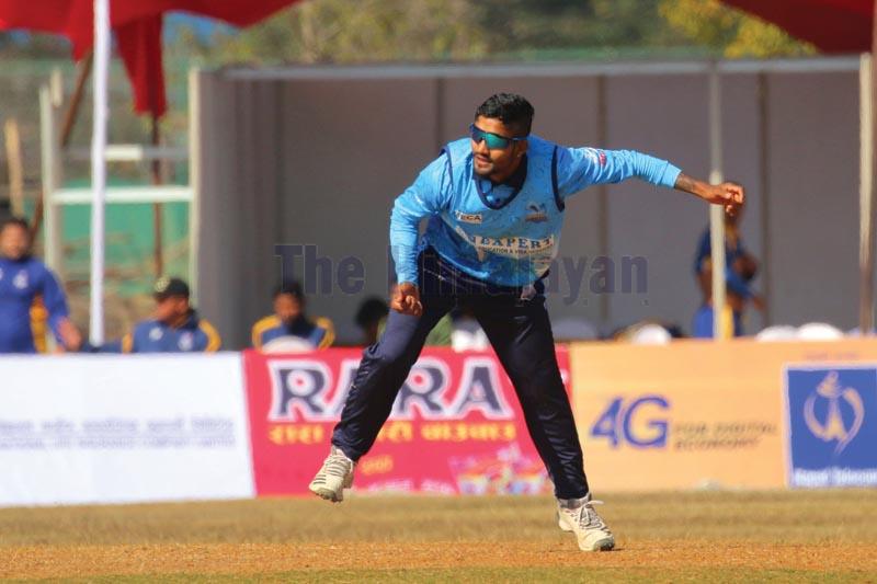 Dhangadhi Blues skipper Dipendra Singh Airee bowls against Biratnagar Titans during their Namaste Pokhara Premier League match at the Pokhara Stadium on Monday. Photo: THT