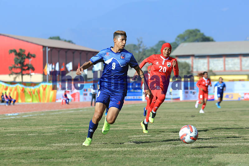 Nepal's Sabitra Bhandari in action against Maldieves during the 13th South Asian Games women's football match in Pokhara stadium, on Thursday, December 05, 2019. Photo: Rup Narayan Dhakal/THT