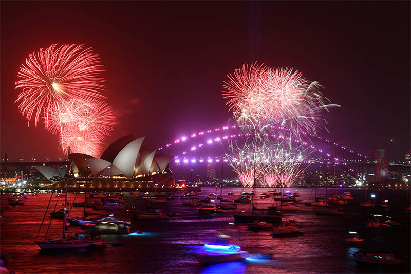 Fireworks are seen from Mrs Macquarie's Chair during New Year's Eve celebrations in Sydney, Australia, December 31, 2019. Photo: Reuters