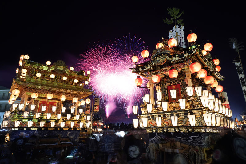Lantern-covered floats stand as fireworks light up the sky during the Chichibu Night Festival in Chichibu, north of Tokyo, Japan, Tuesday, Dec 3, 2019. Photo: AP