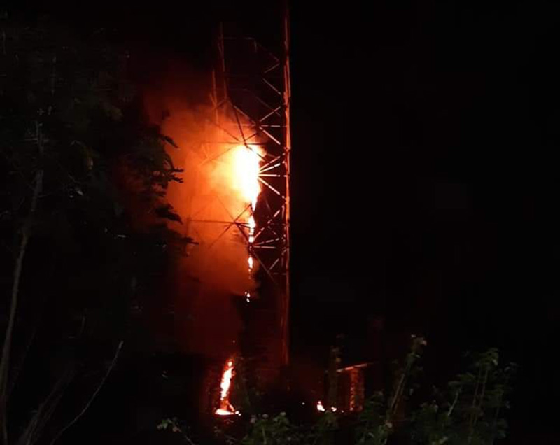 The Ncell telephone tower on fire, in Piluwa of Jitpur Simara Sub-Metropolitan City-16 of Bara district on Tuesday, December 31, 2019. Unidentified group set fire to the tower.Photo: Pushparaj Khatiwada/THT