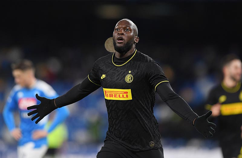 Inter Milan's Romelu Lukaku celebrates scoring their second goal during the Serie A match between Napoli and Inter Milan, at  Stadio San Paolo, in Naples, Italy, on January 6, 2020. Photo: Reuters