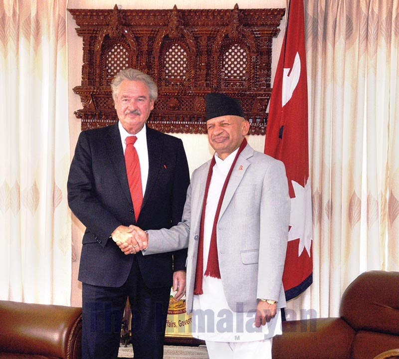 Luxembourg's Minister of Foreign and European Affairs Jean Asselborn shaking hands with Minister for Foreign Affairs Pradeep Kumar Gyawali, in Kathmandu, on Wednesday, January 29, 2020. Photo: THT