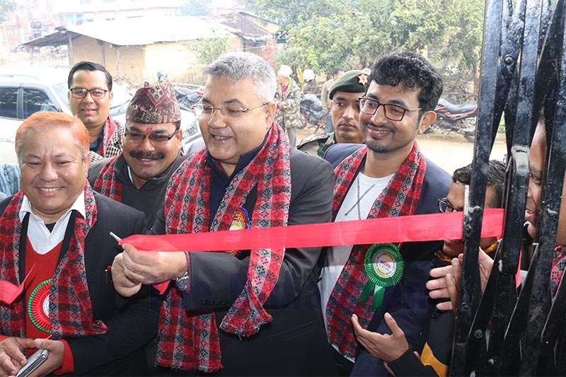 Minister for Information, Technology and Communications Gokul Prasad Baskota inaugurating the newly-constructed building of Federation of Nepali Journalists, in Dhangadi, Kailali, on Thursday, January 2, 2020. Photo: THT