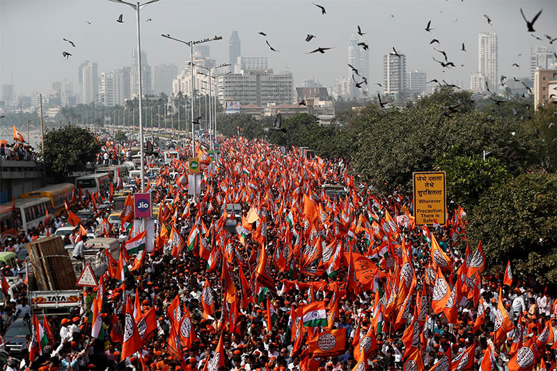 Supporters of Maharashtra Navnirman Sena (MNS) attend a rally in support of a new citizenship law in Mumbai, India, February 9, 2020. Photo: Reuters