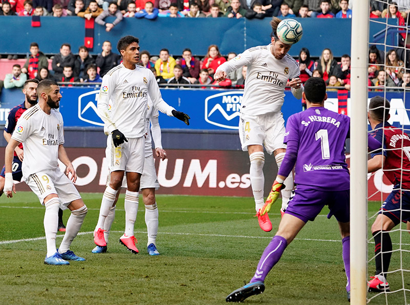 Real Madrid's Sergio Ramos scores their second goal during the La Liga Santander match between Osasuna and Real Madrid, at  El Sadar Stadium, in Pamplona, Spain, on February 9, 2020. Photo: Reuters