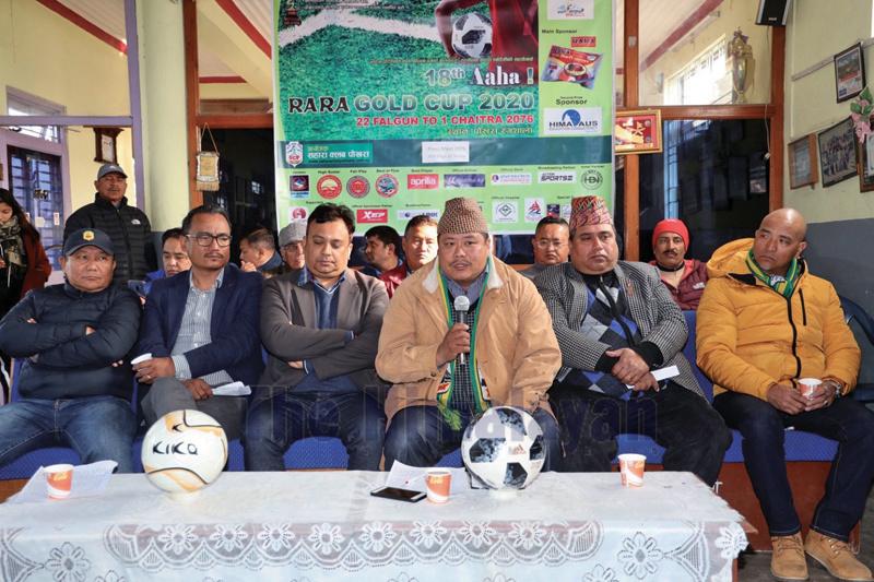 Sahara Club President Keshav Bahadur Thapa speaks as other officials look on during a press meet in Pokhara on Sunday. Photo: THT