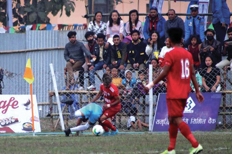 Action in the match between Ruslan TSC and SSC (left) during the Satakshi Gold Cup in Jhapa on Thursday. Photo :THT