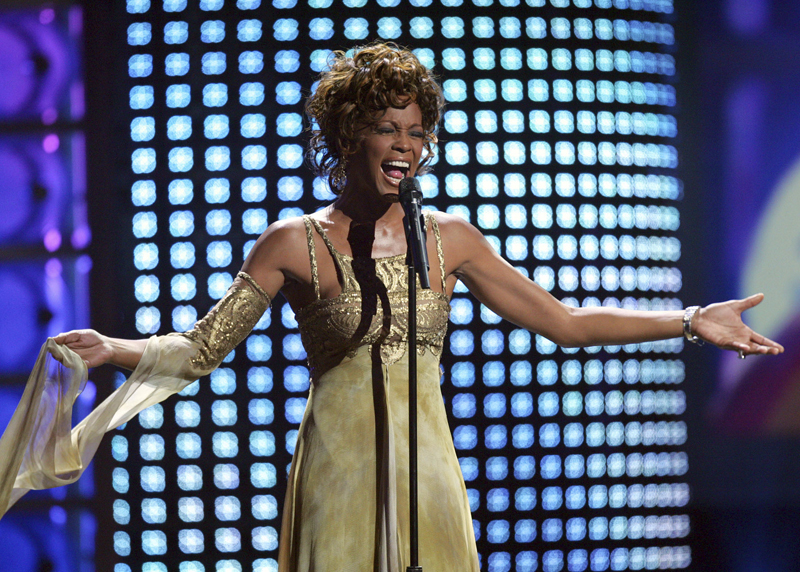 Recording artist Whitney Houston performs at the 2004 World Music Awards at the Thomas and Mack Arena in Las Vegas, Sept 15, 2004. Photo: AP/File