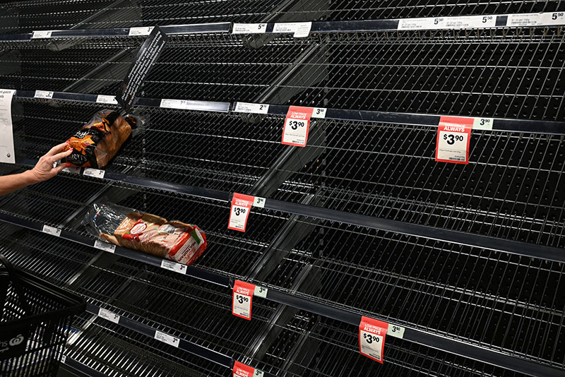Empty food shelves are seen in a grocery store amidst fears of the coronavirus disease (COVID-19) in Sydney, Australia, March 18, 2020. Photo: Reuters