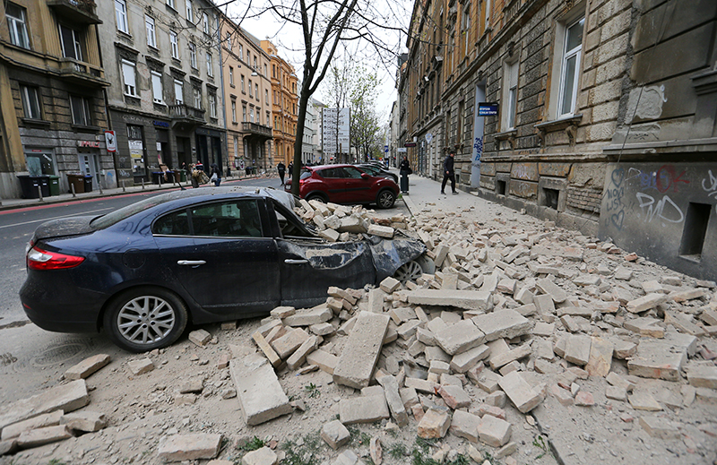 A damaged car is seen following an earthquake, in Zagreb, Croatia March 22, 2020. Photo: Reuters