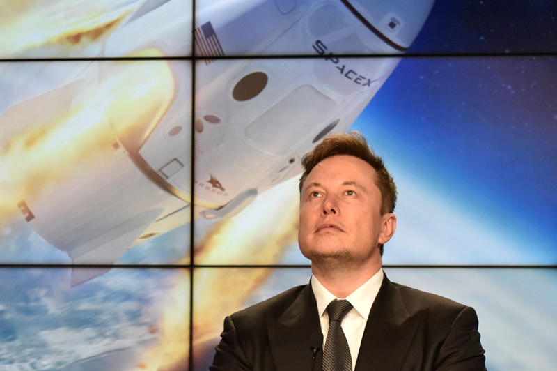 SpaceX founder and chief engineer Elon Musk attends a post-launch news conference to discuss the  SpaceX Crew Dragon astronaut capsule in-flight abort test at the Kennedy Space Center in Cape Canaveral, Florida, U.S. January 19, 2020. Photo: Reuters/File