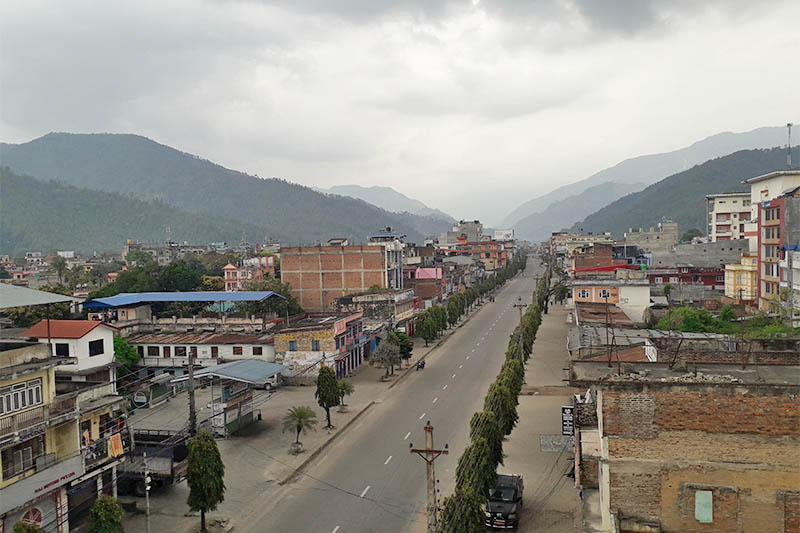 A view of deserted street in Hetauda, on the first day of weeklong lockdown in the wake of COVID-19 crisis, on Tuesday, March 24, 2020. Photo: Prakash Dahal/THT
