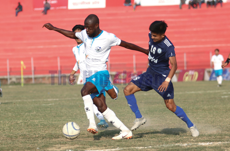 Action in the match between Ruslan Three Star Club (right) and Yeti Himalayan Sherpa Club during the Nepal Ice Sudurpashchim Khaptad Gold Cup in Dhangadhi on Sunday. Photo THT
