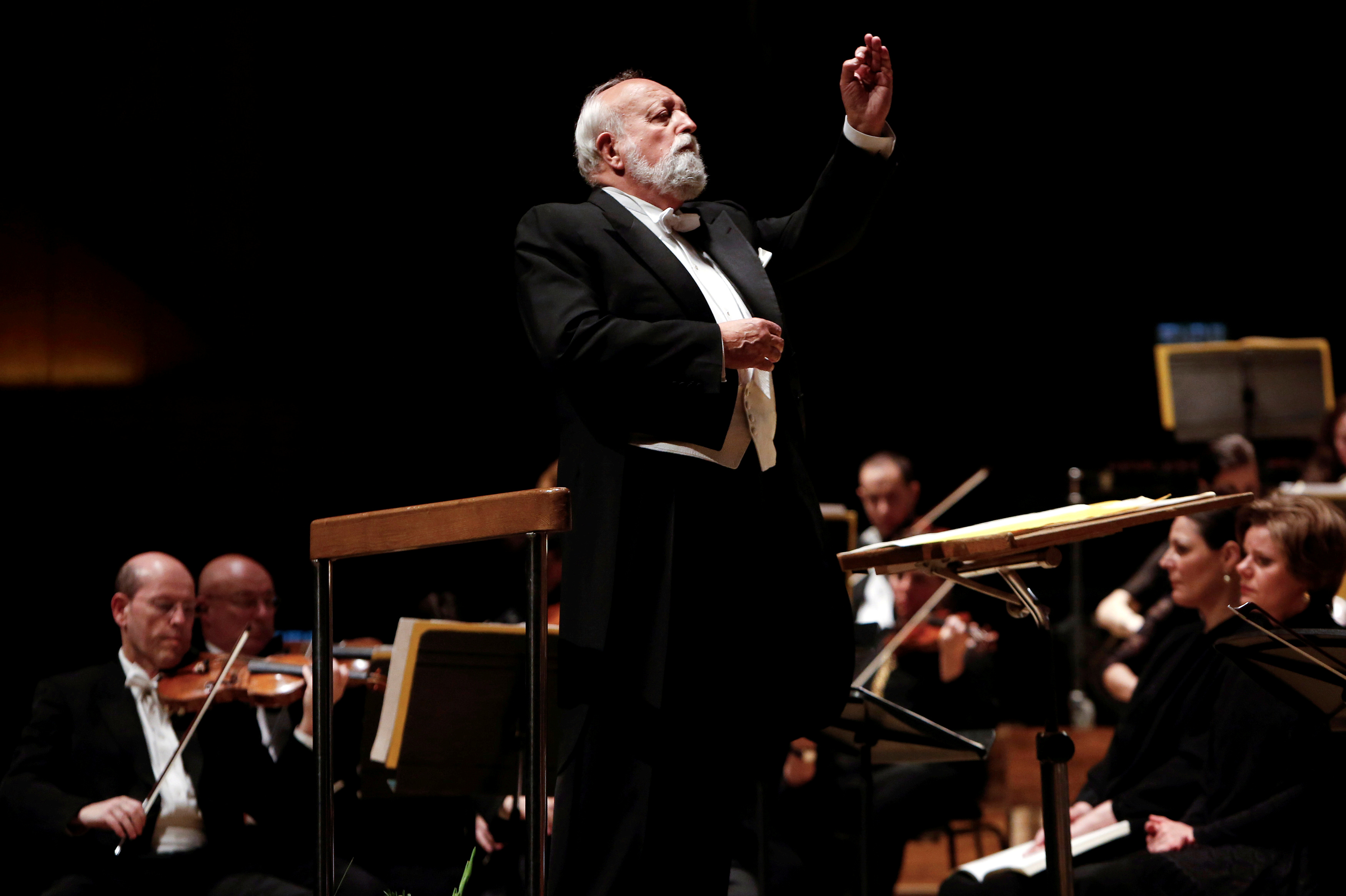 FILE PHOTO: Polish composer Krzysztof Penderecki conducts the Israel Philharmonic Orchestra during a performance of his Polish Requiem in Tel Aviv February 12, 2014. Photo: Reuters