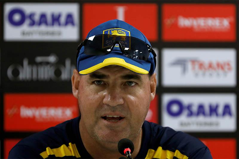 FILE PHOTO: Sri Lanka's cricket coach Mickey Arthur speaks during a news conference at the National Stadium, Karachi, Pakistan December 17, 2019. Photo: Reuters