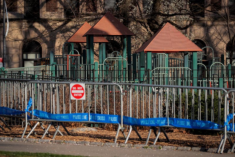 A barricade is placed around a playground in Central Park, during the coronavirus disease (COVID-19) outbreak, in New York City, US, on April 1, 2020. Photo: Reuters