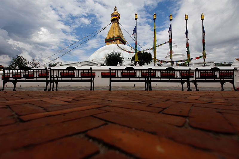 A deserted view of Boudhanath Stupa ahead of the birth anniversary of Buddha, during the forty-third day of the lockdown imposed by the government amid concerns about the spread of the coronavirus disease (COVID-19) in Kathmandu, Nepal May 5, 2020. Photo: Reuters