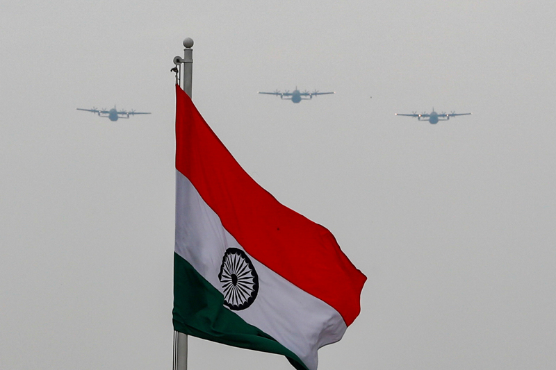Indian Air Force aircrafts fly over Rajpath to show solidarity with frontline warriors fighting against the coronavirus disease (COVID-19) in New Delhi, India, May 3, 2020. Photo: Reuters