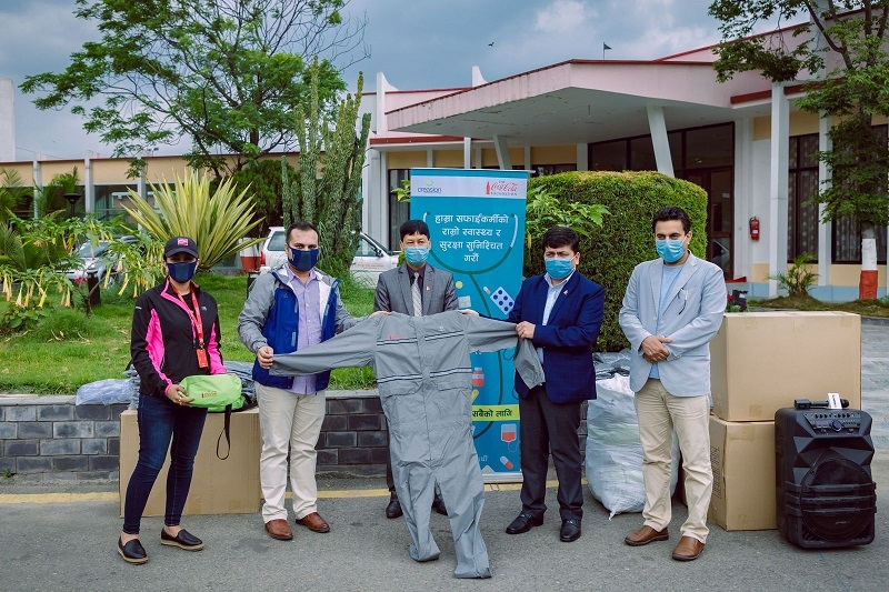 Local government representatives present during the distribution of safety gear to waste workers. Photo courtesy: