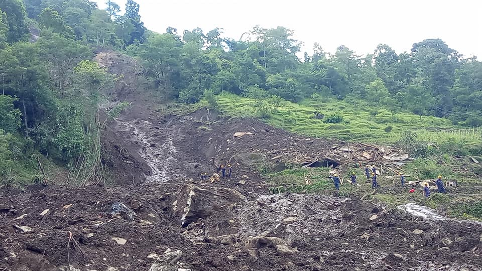 Rescue personnel at the site of landslide at Tarapu Pallotari, in Marshyangdi Rural Municipality-3 of Lamjung district on Wednesday, July 22, 2020. Photo: Ramji Rana/ THT