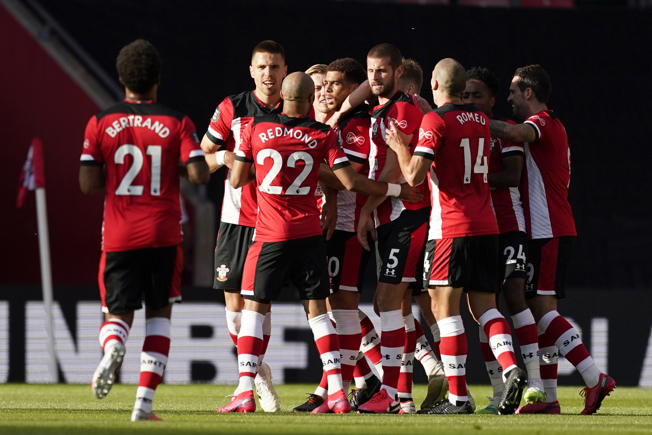 Southampton's Che Adams celebrates scoring their first goal with teammates, as play resumes behind closed doors following the outbreak of the coronavirus disease (COVID-19). Photo: Reuters