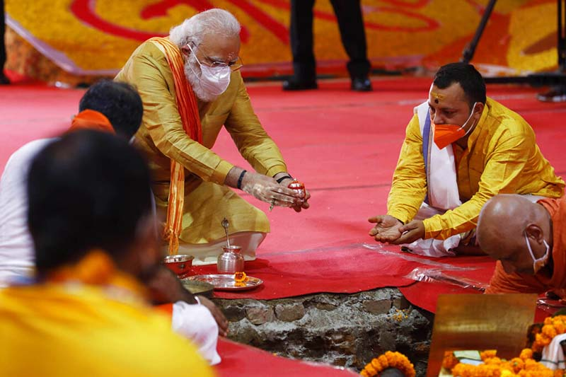 Indian Prime Minister Narendra Modi performs the groundbreaking ceremony of a temple dedicated to the Hindu god Ram, in Ayodhya, India, on Wednesday, August 5, 2020. Photo: AP