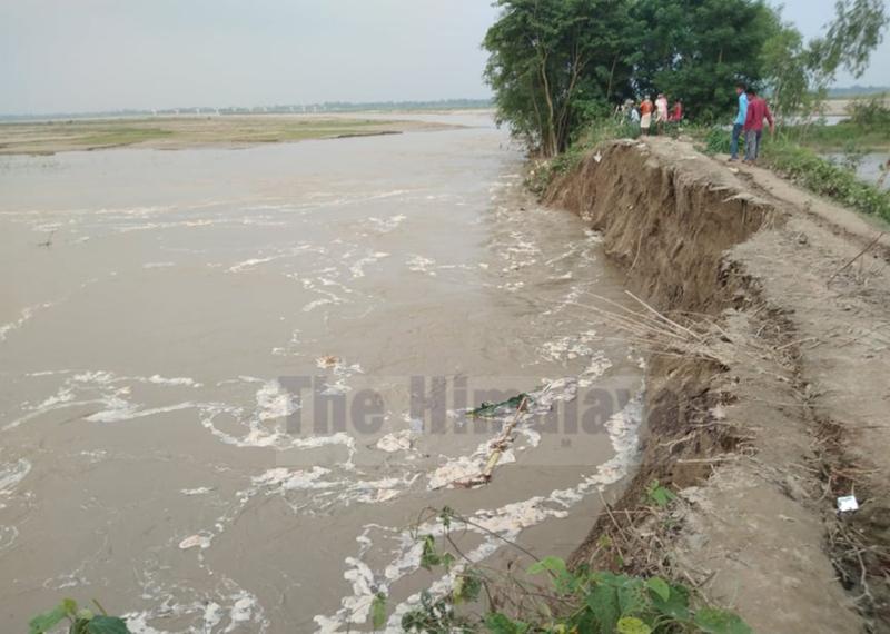 Bagmati River erodes spur in Durga Bhagwati Rural Municipality, Rautahat.