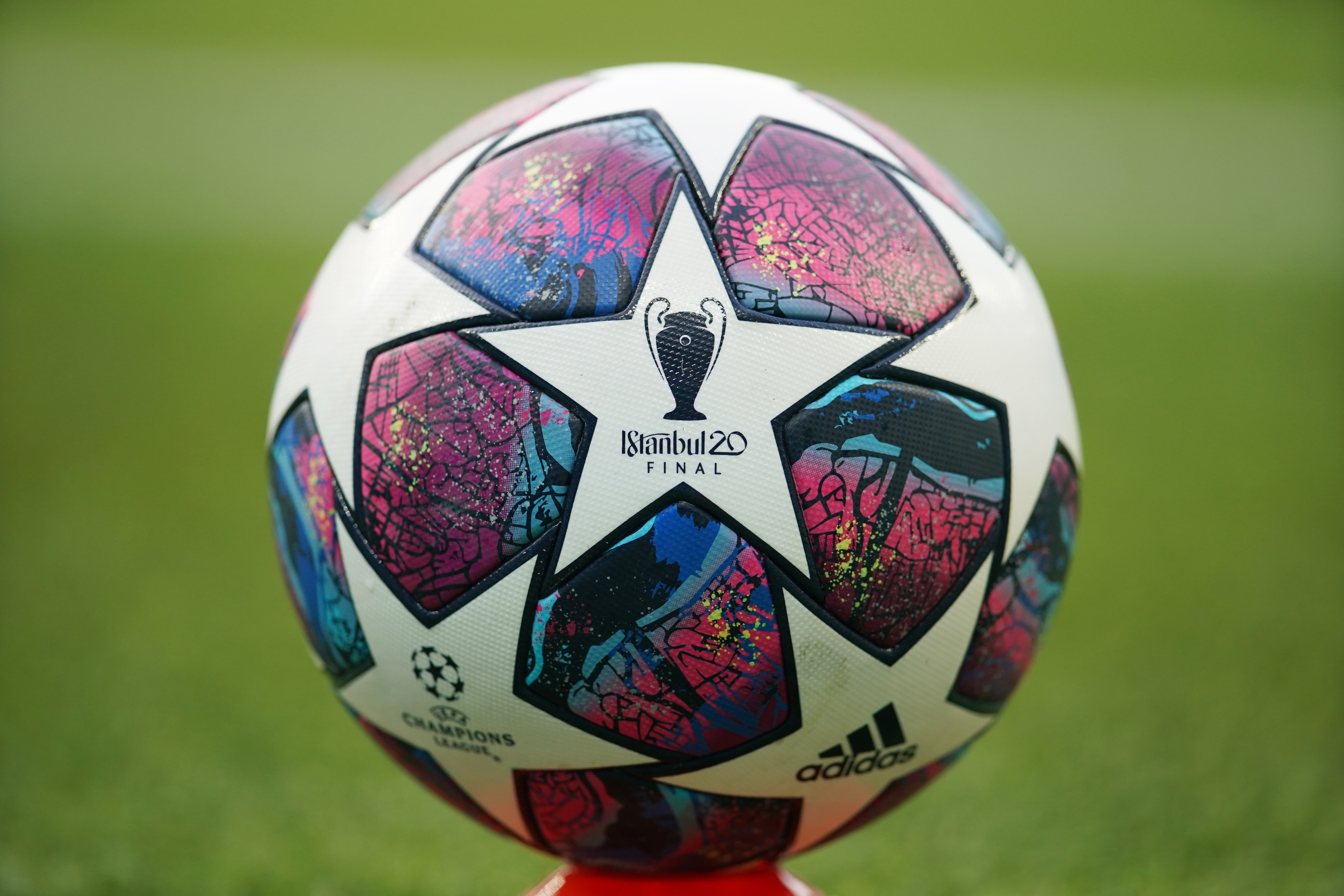 General view of a matchball before the match, as play resumes behind closed doors following the outbreak of the coronavirus disease (COVID-19). Photo: Reuters