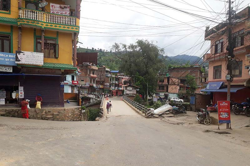 Dhadingbesi bazaar wearing a deserted look due to the prohibitory order in Dhading, on Tuesday, August 25, 2020. Photo: Keshav Adhikari/THT