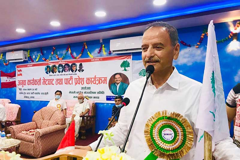 Nepali Congress leader Krishna Prasad Sitaula addressing a cadresu2019 meeting of the party organised by the partyu2019s village committee in Kamal Rural Municipality at Padajungi, in Jhapa district, on Friday, August 14, 2020. Photo: RSS