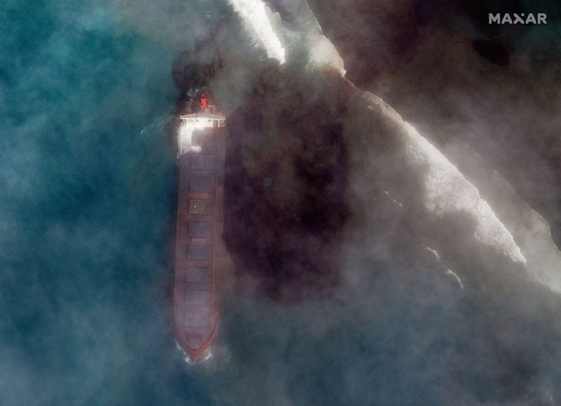 In this satellite image provided by 2020 Maxar Technologies on Friday, Aug. 7, 2020, an aerial view of  oil leaking from the MV Wakashio, a bulk carrier ship that recently ran aground off the southeast coast of Mauritius. Photo:  AP