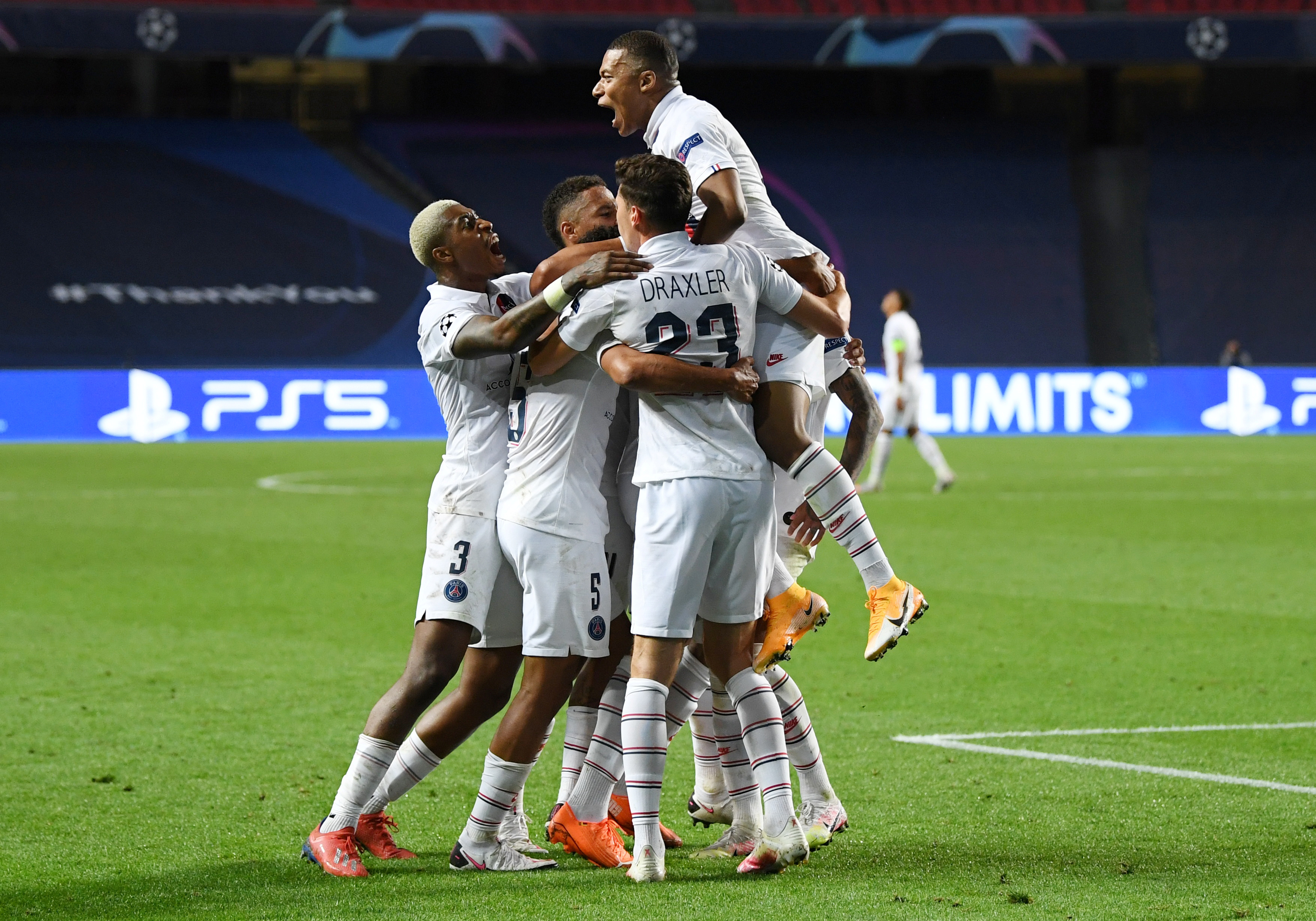 Paris St Germain's Marquinhos celebrates scoring their first goal with Kylian Mbappe and teammates, as play resumes behind closed doors following the outbreak of the coronavirus disease (COVID-19). Photo: Reuters